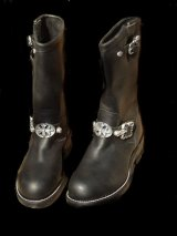 Long Boots with Cross Oval & 2 Skull