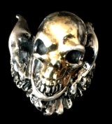 18k Gold Blood Face Skull Wing Ring