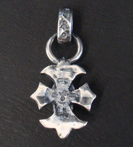 画像4: Skull On Gothic Cross Pendant