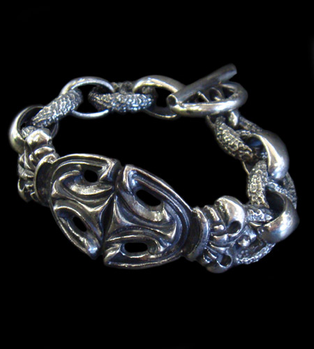 画像1: Crown Sculpted Oval With H.W.O & Chiseled Anchor Chain Bracelet