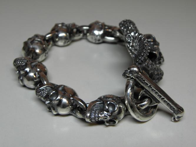 画像4: Skull On Snake With Skulls Links Bracelet