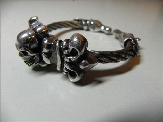 画像4: Skull On 4Heart Crown With Horse Wire Bangle