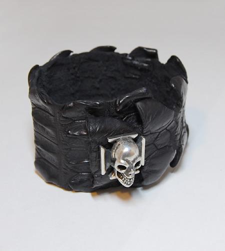 画像2: Skull On Iron Cross W-Spine Crocodile Tail Bracelet