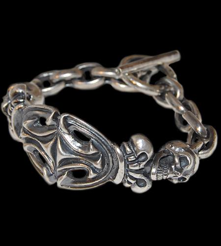 画像1: 2Skull On Top Sculpted Oval With 2Crown & Chain Links Bracelet