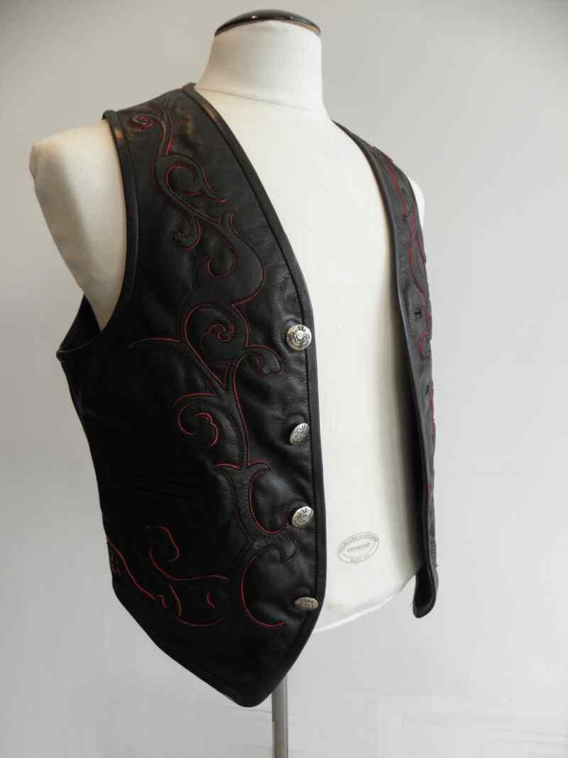 画像4: Gaboratory Tailored Leather Vest (Tribal art work)