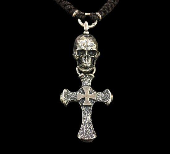 画像1: Half Large Skull With Hammer Cross & Braid Leather Necklace
