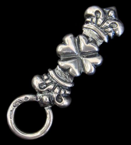画像1: 4 Heart Crown Key Keeper