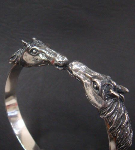 画像4: Horse Triangle Wire Bangle