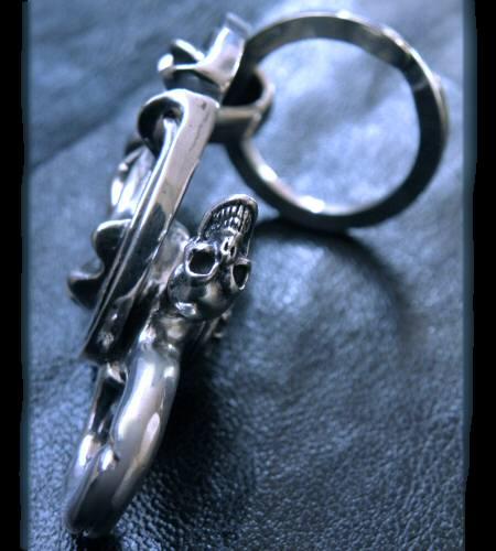 画像4: Sculpted oval on clip with key ring