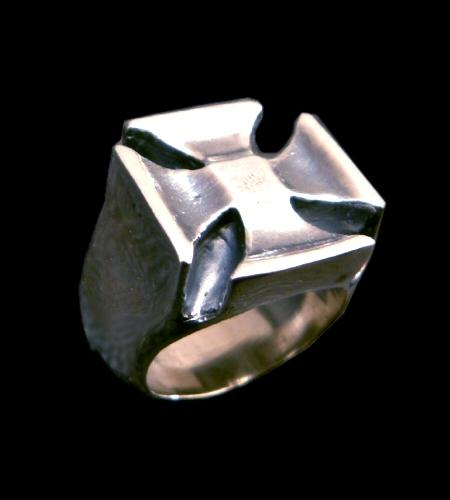 画像1: Iron Cross Ring