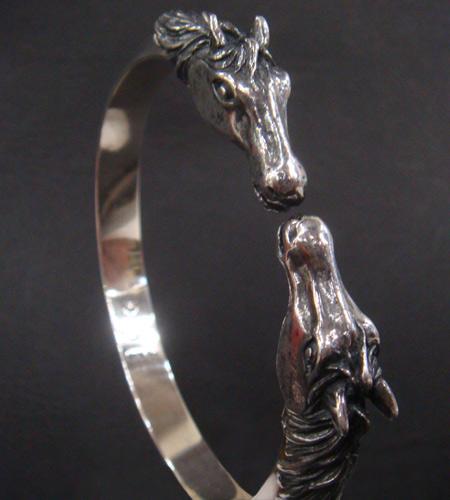 画像3: Horse Triangle Wire Bangle