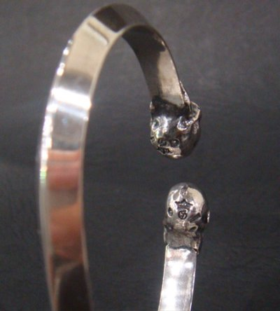 画像4: Half Skull Triangle Wire Bangle