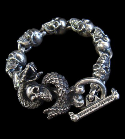 画像1: Skull On Snake With Skulls Links Bracelet