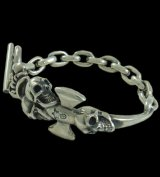 Triple Skull Dagger On Crown With Chain Links Bracelet