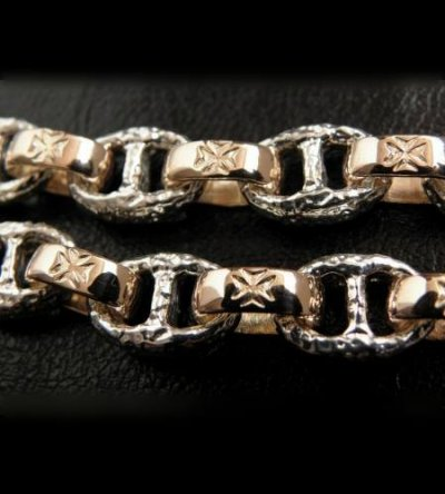 画像2: Quarter Chiseled anchor chain with 10k gold maltese cross H.W.O links bracelet