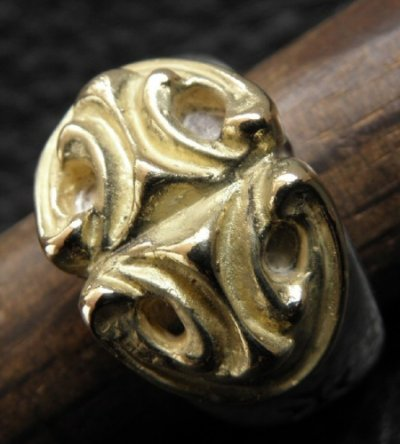 画像2: 18k Gold Sculpted Oval On Ring