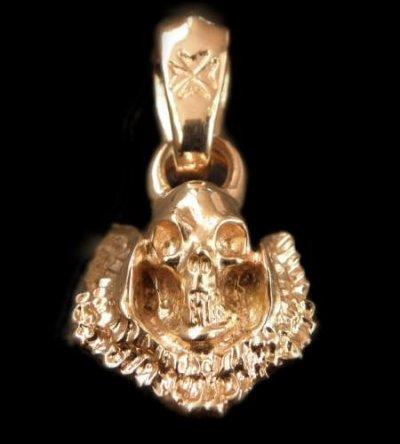 画像1: 10k Quarter Skull Wing Pendant