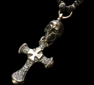 画像1: Large Skull With Hammer Cross & Braid Leather Necklace