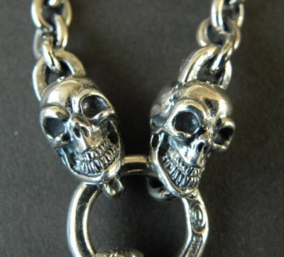 画像3: Half Old Bulldog With 2 Quarter Skull & 7Chain Necklace