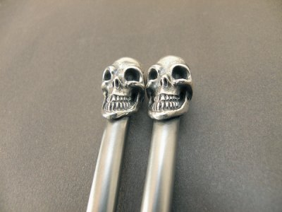 画像2: Skull on chopsticks (Slant head)