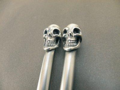 画像4: Skull on chopsticks