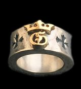 18K Gold High Raised G & Crown On Wide Cigar Band Ring