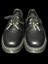 Dr Martens On 4Herat Cross With Bolo Tip & Grommet