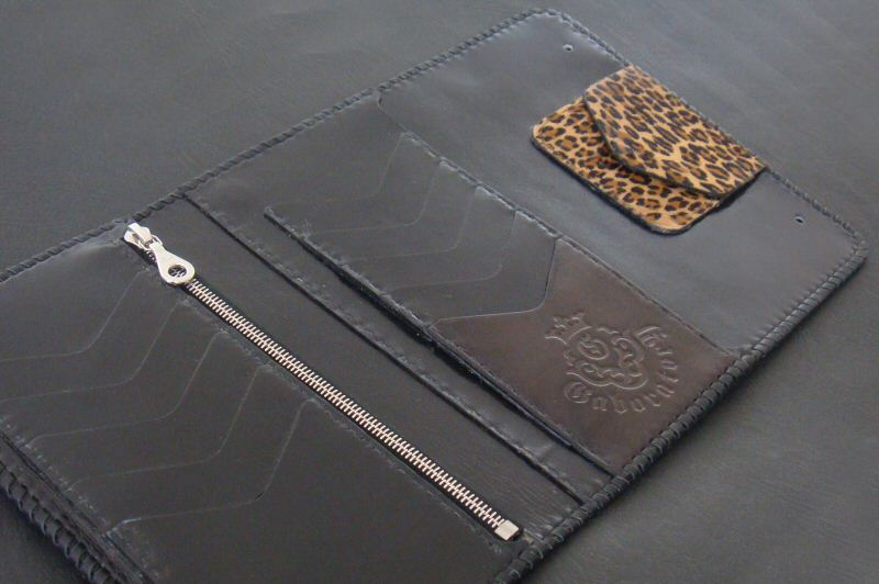 画像4: Unborn Calf Medium Leopard Long Wallet