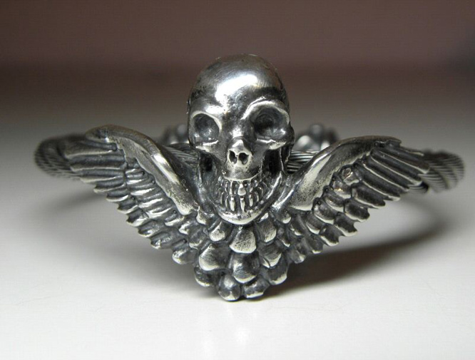 画像2: Wing Skull With Roller Tip Wire Bangle