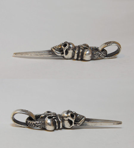 画像5: Skull Crown Dagger With Chiseled Loop & H.W.O Pendant