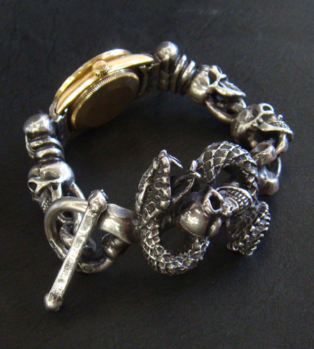 画像2: Skull Crown With Skull On Snake & Skull Watch Bands