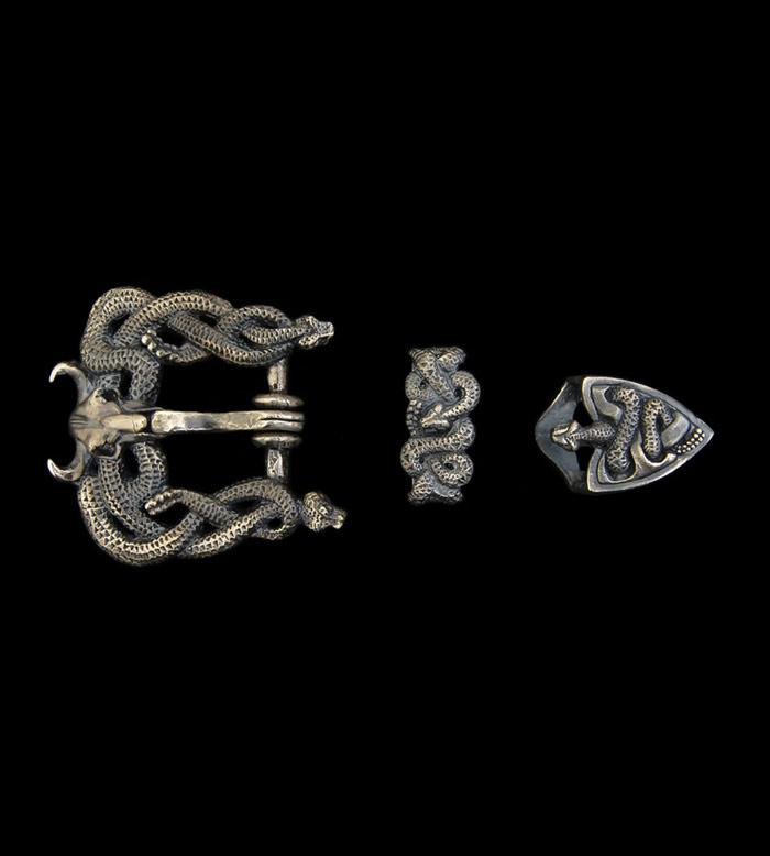 画像1: Midium Snake & Buffalo Skull Belt Buckle