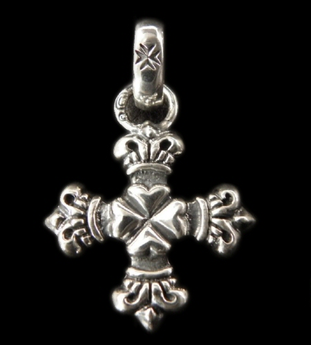画像1: Half 4Heart Crown Short Cross With H.W.O Pendant
