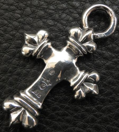 画像3: One Eighth Long 4 Heart Crown Cross Pendant