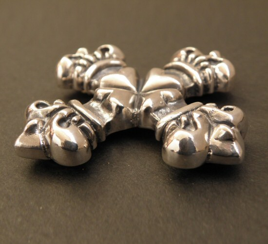 画像3: 4Heart crown cross Pins