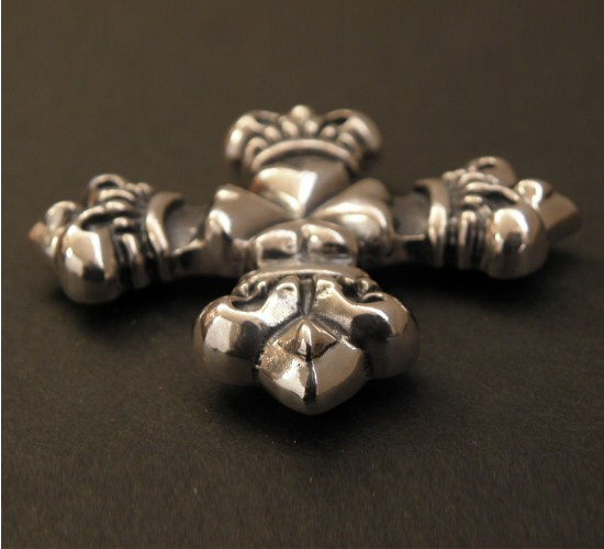 画像4: 4Heart crown cross Pins