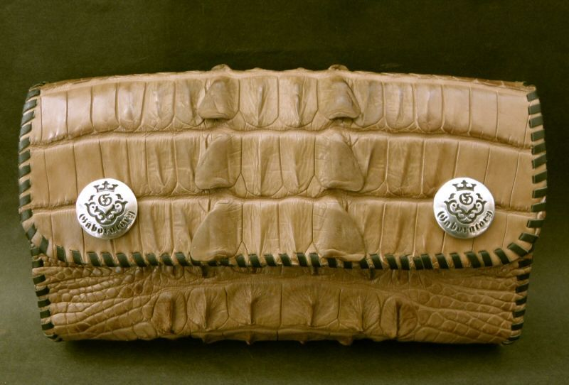 画像4: Crocodile Tail W-Spine Long Wallet