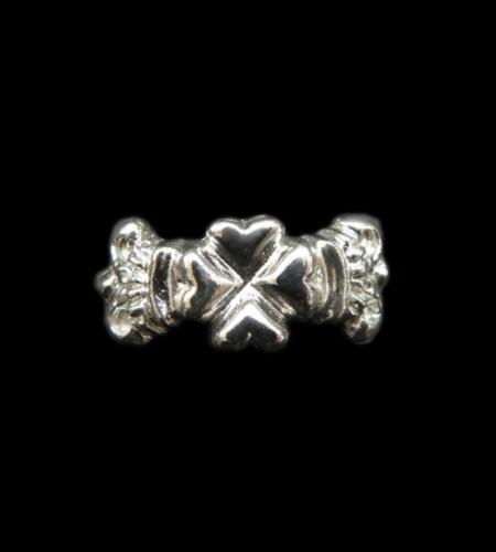 画像1: Small 4Heart Crown Ring (Platinum Finish)