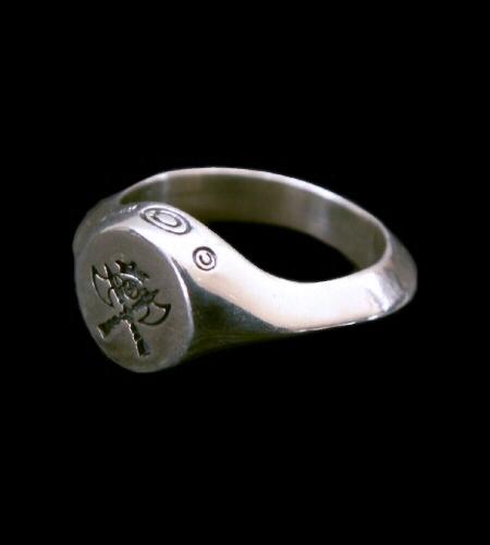 画像1: Battle-Ax Small Signet Triangle Wire Ring